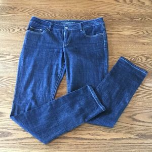 Banana Republic classic skinny blue jeans size 8